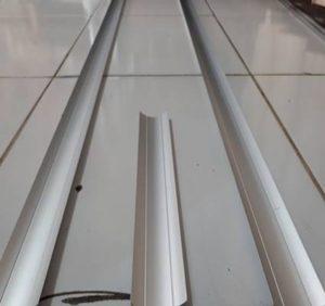 Cove Alluminium vinyl lantai