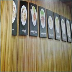 Dinding Restaurant - vinyl Motif Kayu